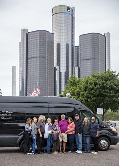 Tour of Detroit Michigan